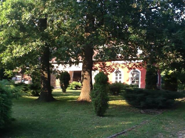 Vörösszeg Vendégház- Valley Cottage - Becsvölgye - House