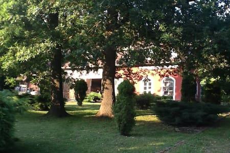 Vörösszeg Vendégház- Valley Cottage - Becsvölgye - Haus