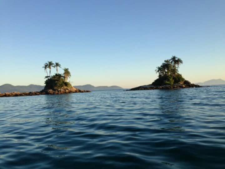 Lindo apto duplex vista mar e barco