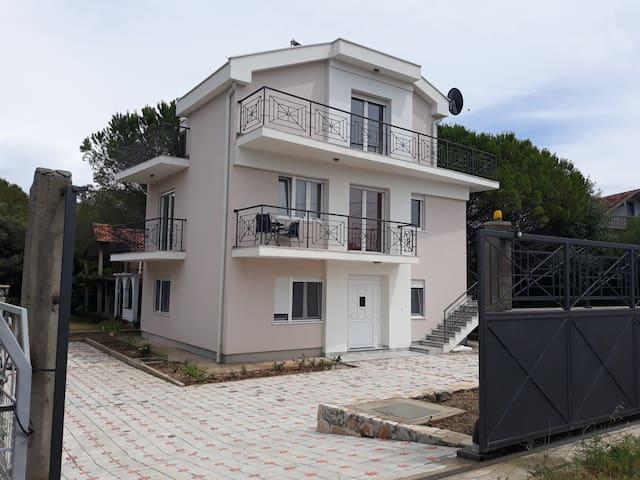"""Villa Julia Апартамент """"Комфорт"""", Luštica, Zanica"""