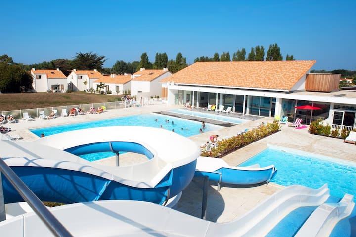 Maison cosy et spacieux 6p, piscine avec toboggan sur place !