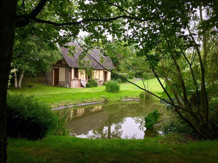 Cottage de charme 4 p. - Parc paysagé avec piscine