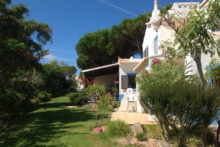 Lovely villa in a great location! - Budens
