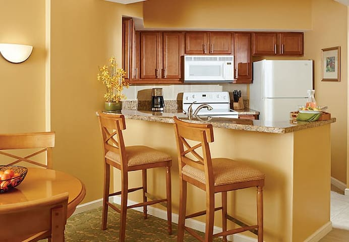 Marriott's Villas at Doral - Miami - Timeshare (právo užívat zařízení pro ubytování na stanovený časový úsek během roku na mnoho let dopředu - minimálně 3 roky)