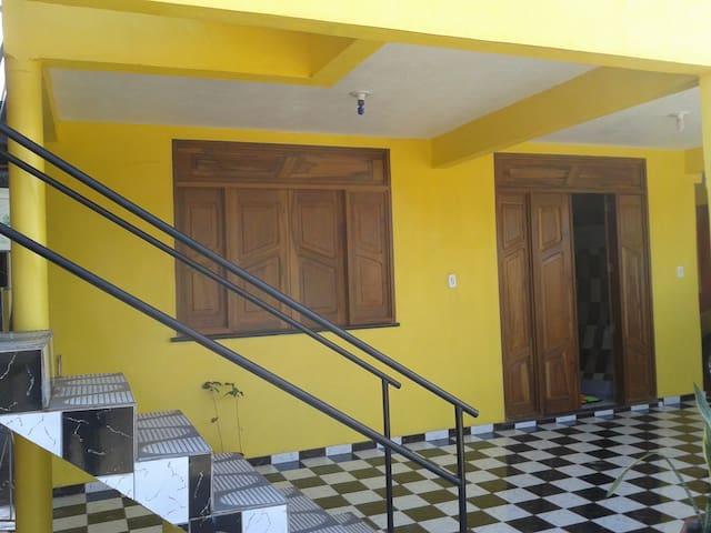 Casa do prof. Arenildo é sua casa! - Monte Alegre - House