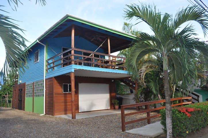 Latitude 17- North Cabana, Hopkins Village, Belize