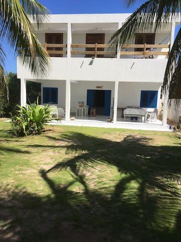 Casa à beira-mar, em Japaratinga, Alagoas