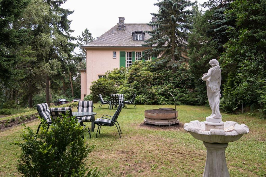 suite in 1937er villa in der s chsischen schweiz chambres d 39 h tes louer bad gottleuba. Black Bedroom Furniture Sets. Home Design Ideas