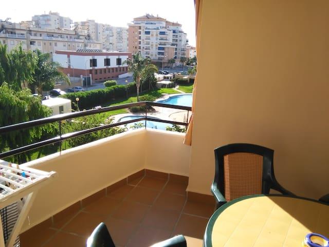 Gran residencial tranquilo en Algarrobo Costa - Algarrobo-Costa - Daire