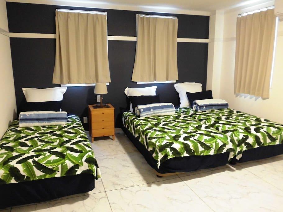 寝室1(3人部屋)