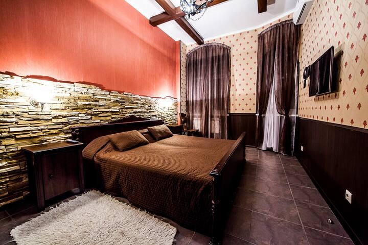 Комната в стиле старинного замка около м.Дубровка - Moskva - House