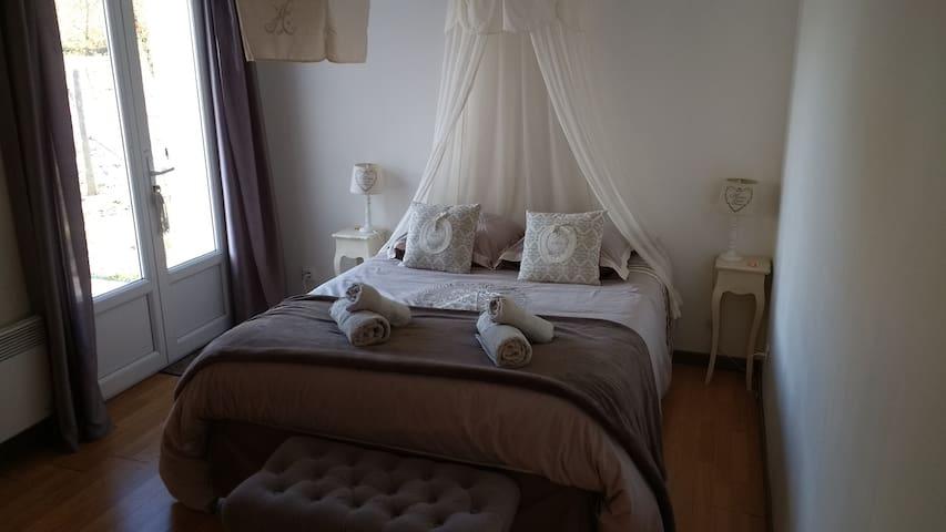 Chambres d'hôtes Ruches de Salaunes