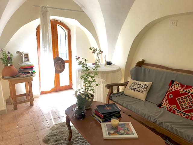 Cozy Arabesque Apt in the Old City - Wohnung