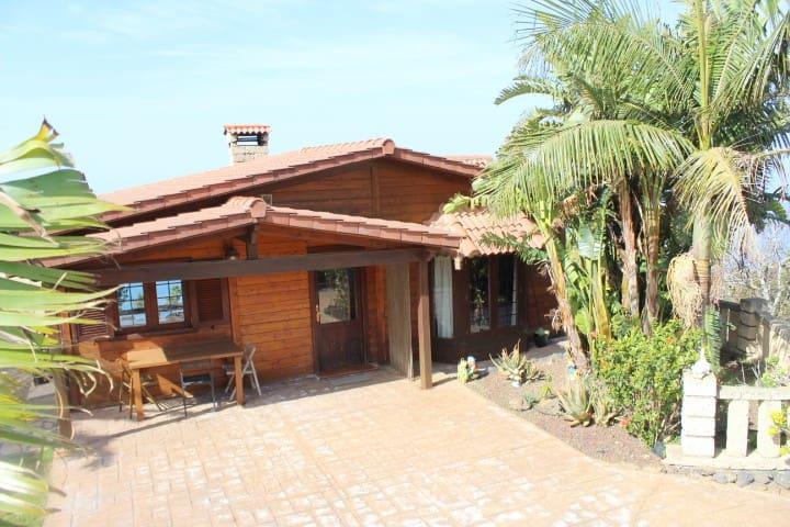CASA DE CAMPO, VISTAS AL MAR, TEIDE - El Sauzal - House