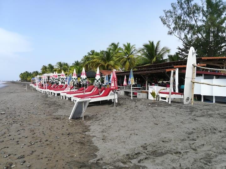 Villa sur la plage du carbet