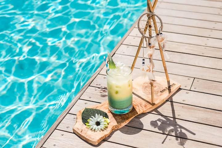 VILLA ATENA Lux villa with pool near beach clubs