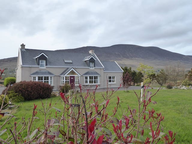 Double Room with private bathroom on the Ring of Kerry