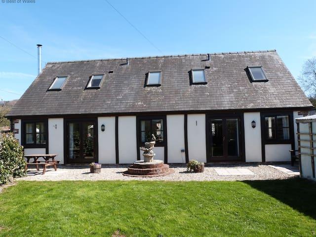 Bwthyn Banw - Meifod - Casa