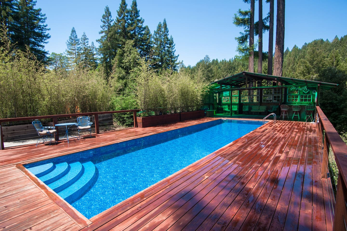 SUNNY, PRIVATE SOLAR-HEATED POOL