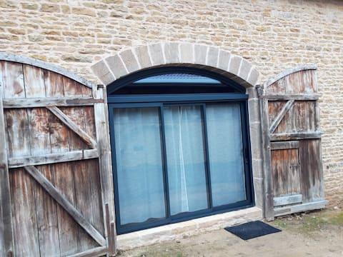 Grange rénovée à La Vineuse proche de Cluny