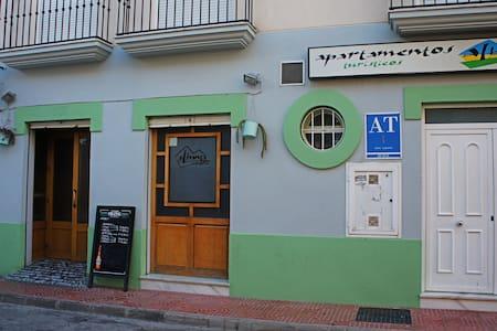 AT Albanta -  3 habitaciones
