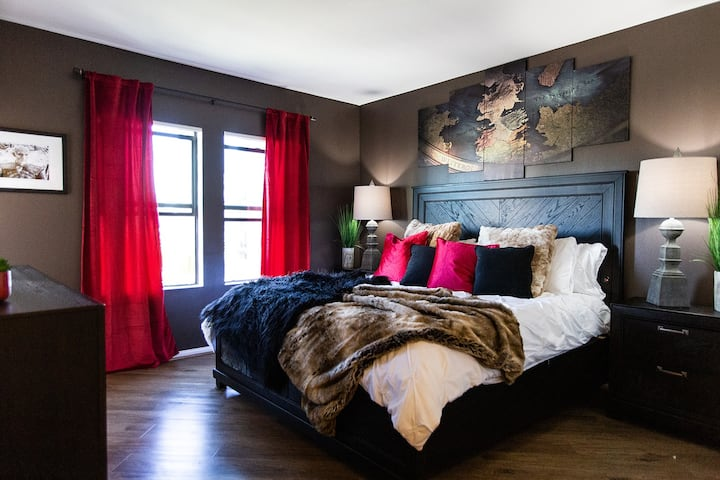 GOT⭐Clean⭐2 bed2 bath/DT LA,Parking, Fast Wifi