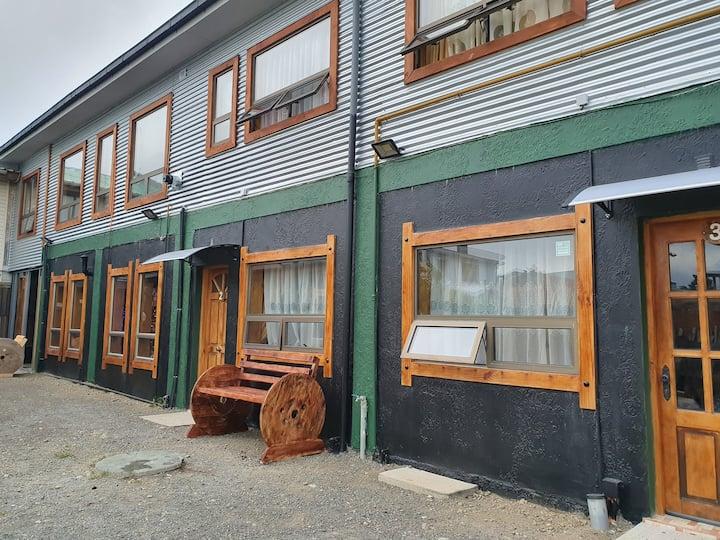 Cabaña familiar #3, (5 paxs) Puerto Natales.