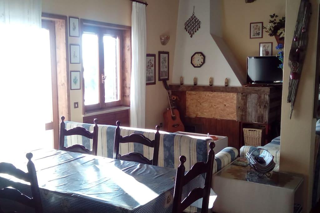 Appartamento gallio in sisemol panoramico case in for Affitto gallio
