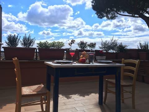 Delicious studio with romantic terrace Trastevere