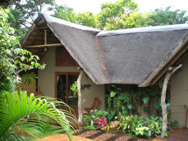 Leopard Cottage ( Mhlati Guest Cottages)