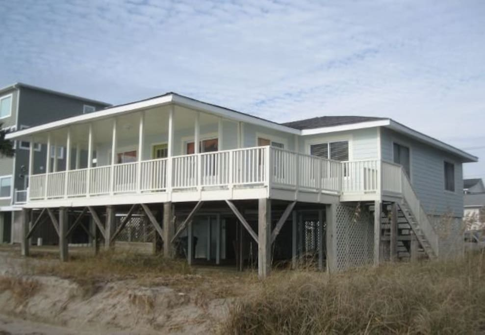 Deck,Porch,Building,Canopy,Siding