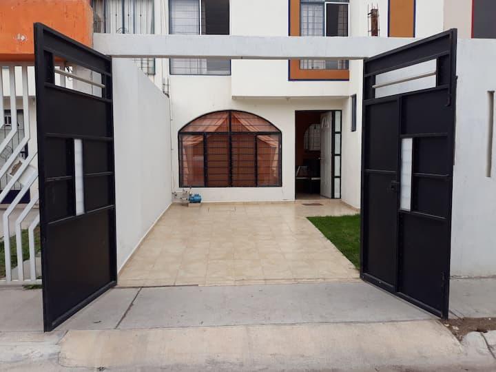 Casa amplia y agradable para tu estancia