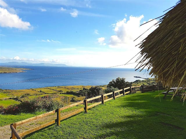 Luxury thatched cottage with breathtaking views...