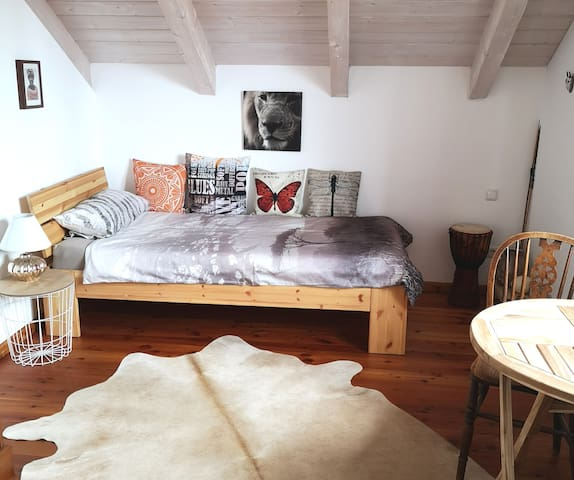 Gemütliches Zimmer in Landhaus (Women only)