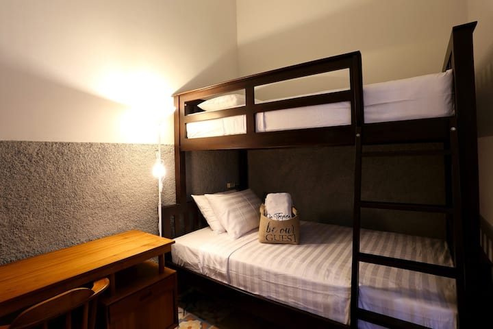 Female Bed Dorm 1 pax w/breakfast included!
