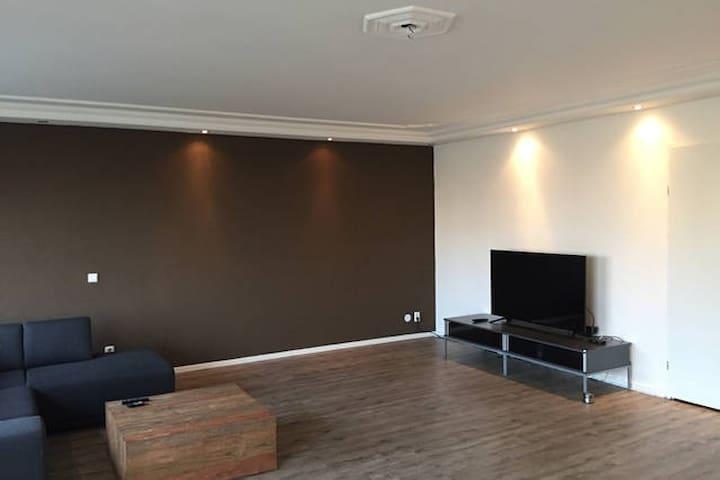 Long term rent: modern private room in newbuilding - Den Haag - Flat