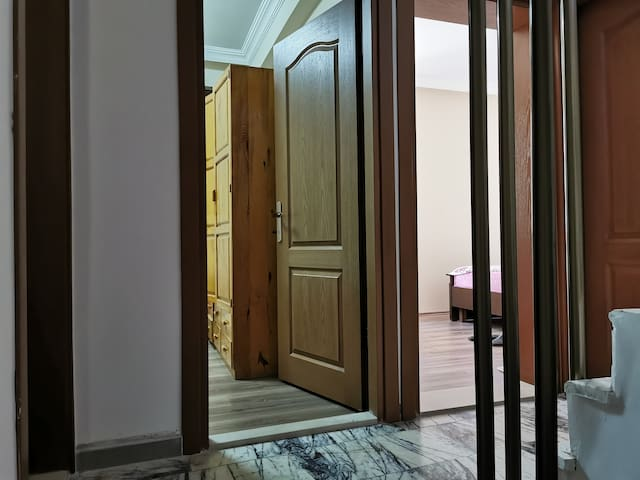 3 rooms - 2nd floor