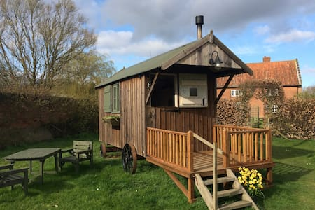 Shepherd's Hut at Salle, nr Reepham