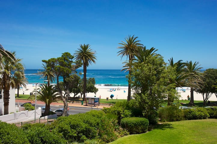 On CAMPS BAY Beach: location, Location, LOCATION!!