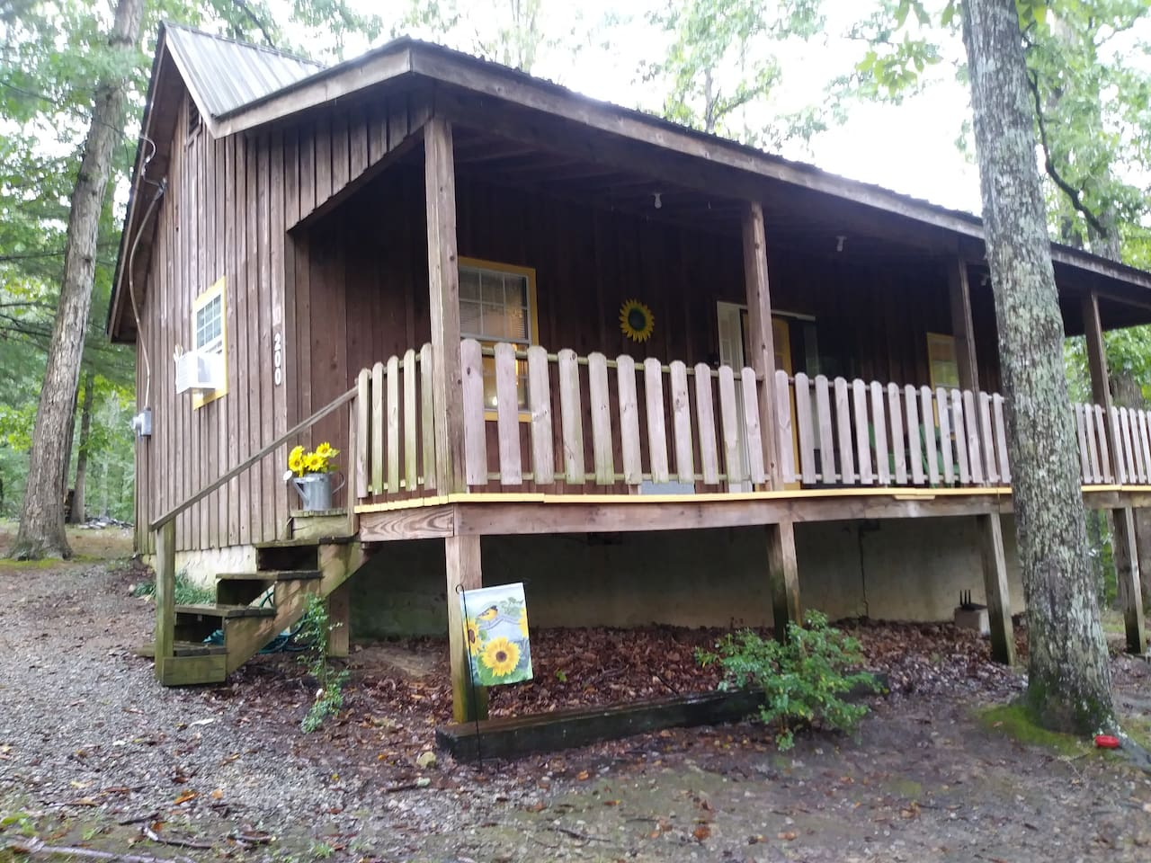 Sunnyside Cabin OUR NEWEST ADDITION! SEPTEMBER 2018  COME ENJOY PURE COUNTRY