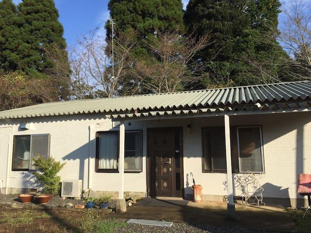 100m²超 BBQ可 near to NARITA  空港便利 - Chiba - Huis