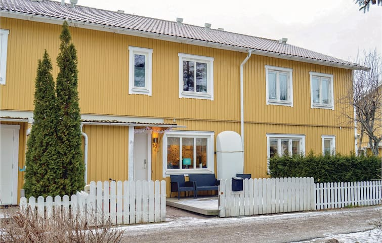 Holiday cottage with 3 bedrooms on 126m² in Gustavsberg