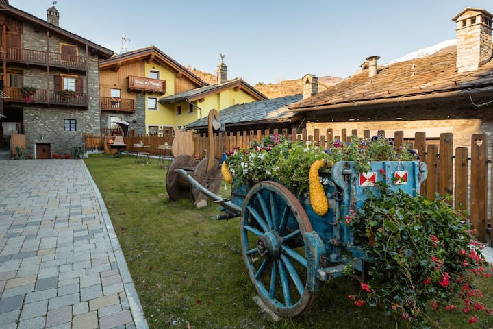 Fuga dalla città -Relais du Paradis - Introd - Penzion (B&B)