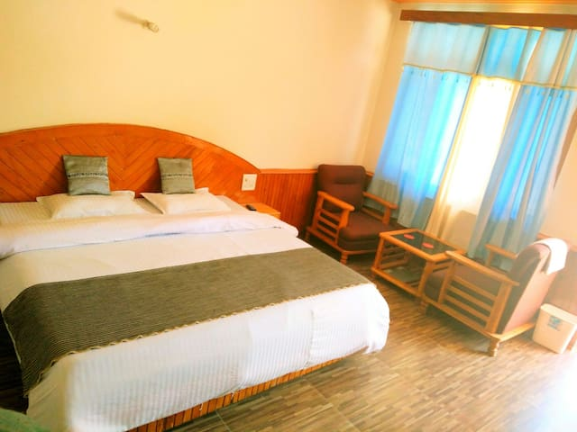 Budget place with comfort n luxury