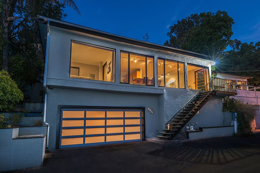 Hollywood Hills Gem with 2-car garage
