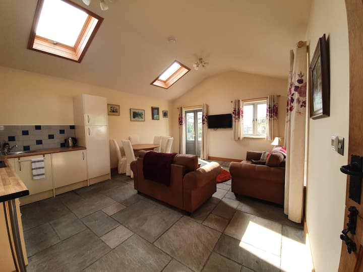 Stunning location. Well equipped bungalow.