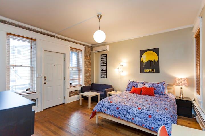 Studio Loft by Belmont & Vanderbilt