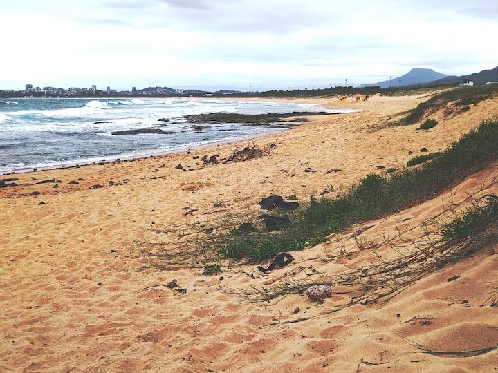 PORT KEMBLA BEACH 5min away Doorstep of Wollongong