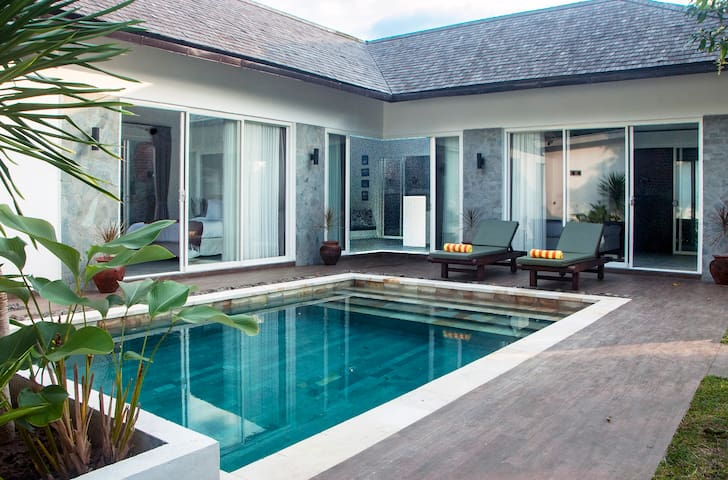 2 Bedroom villa near Senggigi