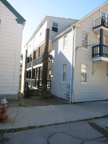 Tiny apartment - heart of Cleveland's Little Italy - Cleveland - Apartment